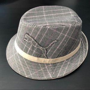 PUMA hat NWOT L/XL